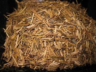 静岡県牧之原市村松園の茎ほうじ茶茎